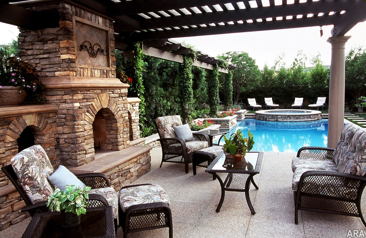 Five top trends in patio designs for Patio fireplace plans