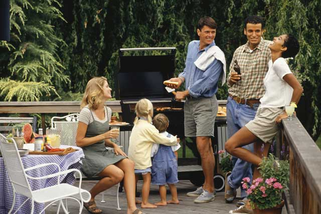 Outdoor Entertainment Ideas on a Budget